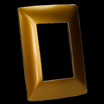 Imagen de D PLACA RESINA 3 MOD BRILLANTE COLOR COFRE(CAFE OCRE) C/CHASIS BTICINO MX QZ4803M3XOC